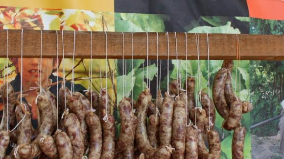 Fiesta de la matanza en Linares de la Sierra