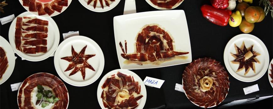 El concurso nacional anual de corte de jamón ibérico